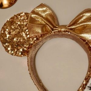 Disney Accessories - Disney Rose Gold Minnie Mouse Ears